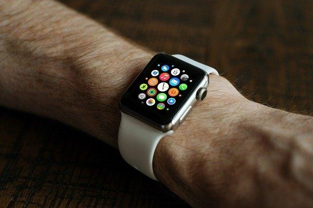 pametne ure digitalne
